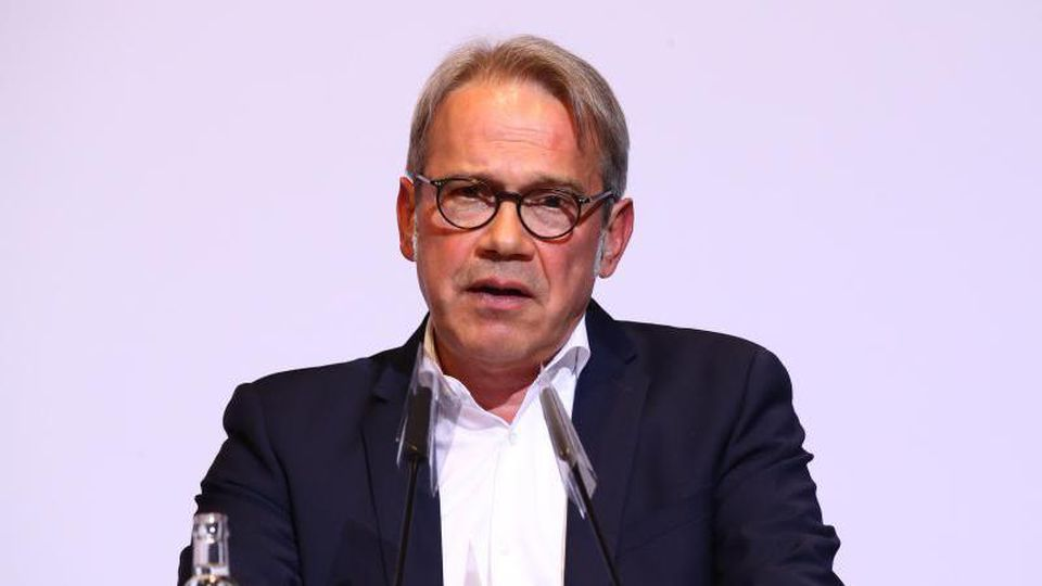 Georg Maier (SPD), Innenminister von Thüringen, spricht. Foto: Bodo Schackow/dpa-Zentralbild/dpa/Archivbild
