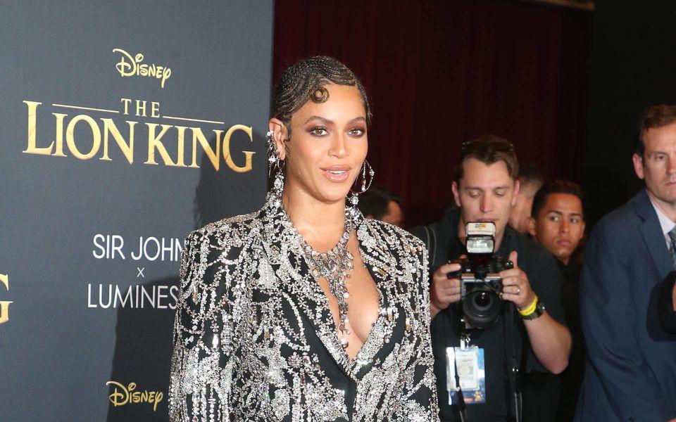 Beyoncé wickelt Meghan um den Finger