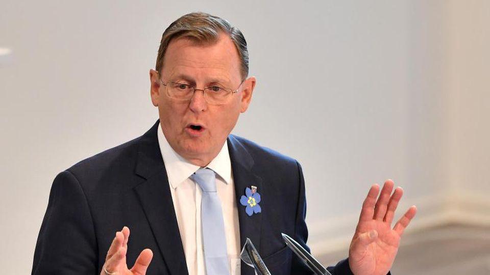 Bodo Ramelow (Die Linke), Ministerpräsident von Thüringen, spricht während einer Landtagssitzung. Foto: Martin Schutt/dpa-Zentralbild/dpa/Archivbild