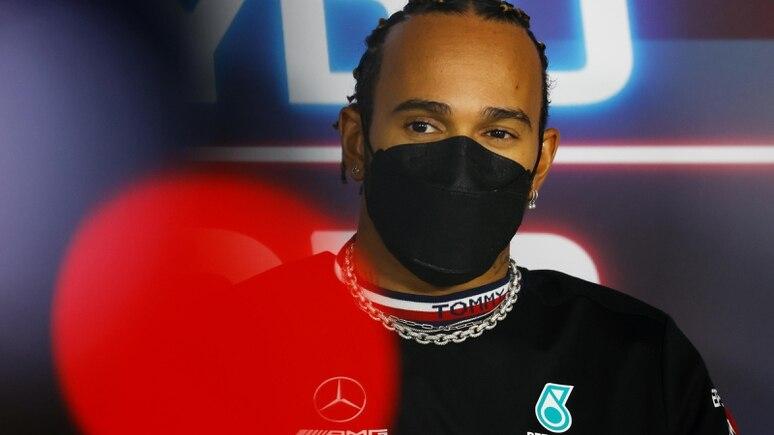 Als siebenmaliger Weltmeister kann man auf Kritik souverän reagieren - und das tut Lewis Hamilton.