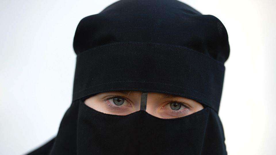 Kontroverse über Sport-Hidschab:Decathlon eckt mit Jogging-Kopftuch an