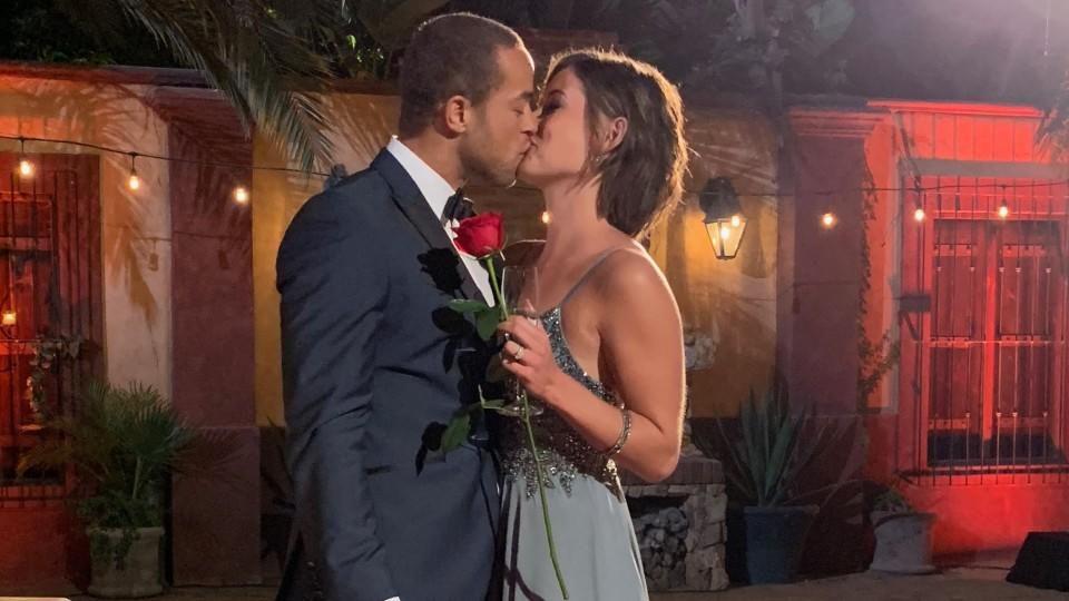 Total in love: Jenny und Bachelor Andrej haben sich verliebt.