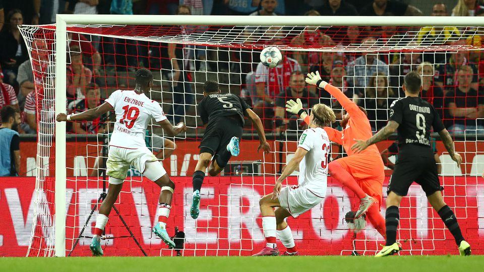 Die Wende: Hakimi köpft zum 2:1 für Dortmund ein