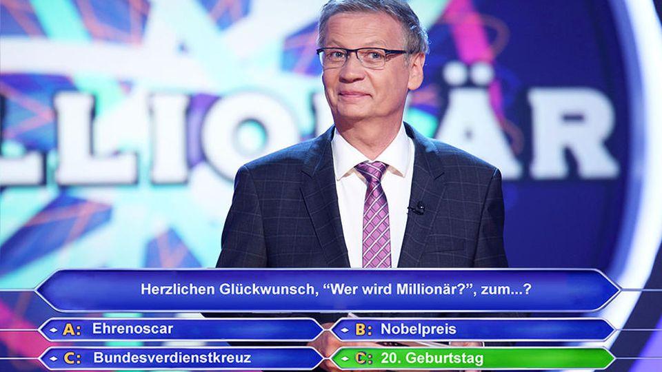"""Nach 20 erfolgreichen Jahren moderiert Günther Jauch am 2.. September 2019 die große Jubiläums-Show von """"Wer wird Millionär?""""."""