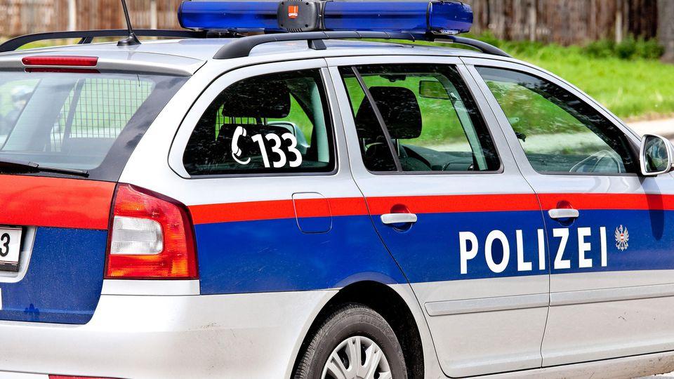 Die Polizei in Graz musste am späten Dienstagabend zu einem Großeinsatz ausrücken. (Symbolbild)