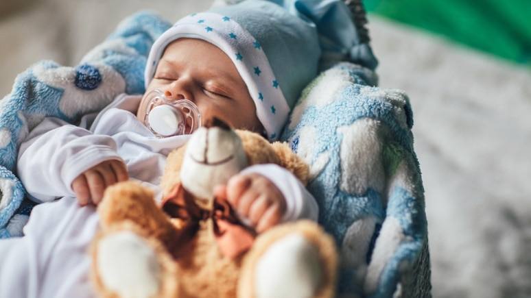 Mit dem Nucki kann ein Baby Stress abbauen