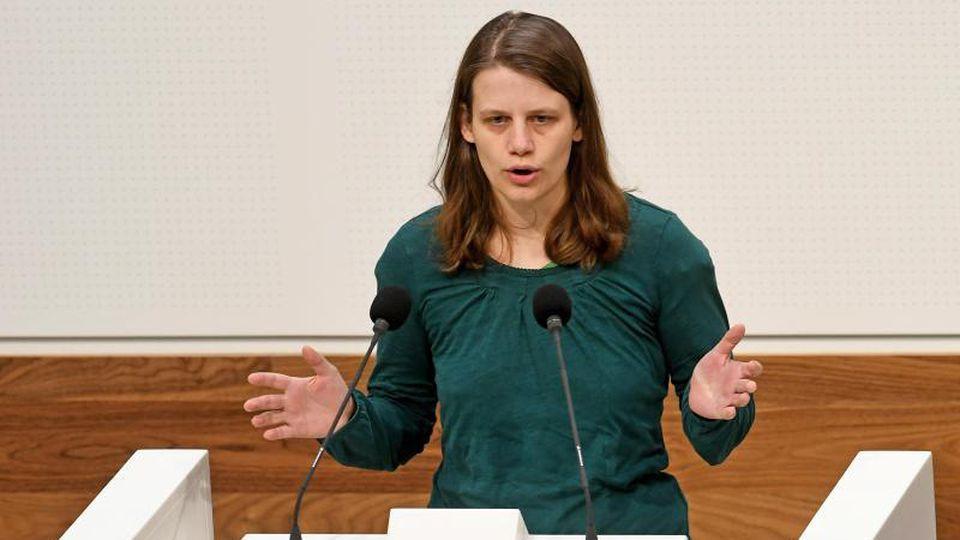Julia Willie Hamburg (Bündnis90/Die Grünen) soll neue Fraktionschefin der Grünen im Landtag in Hannover werden. Foto: Holger Hollemann/dpa/Archivbild