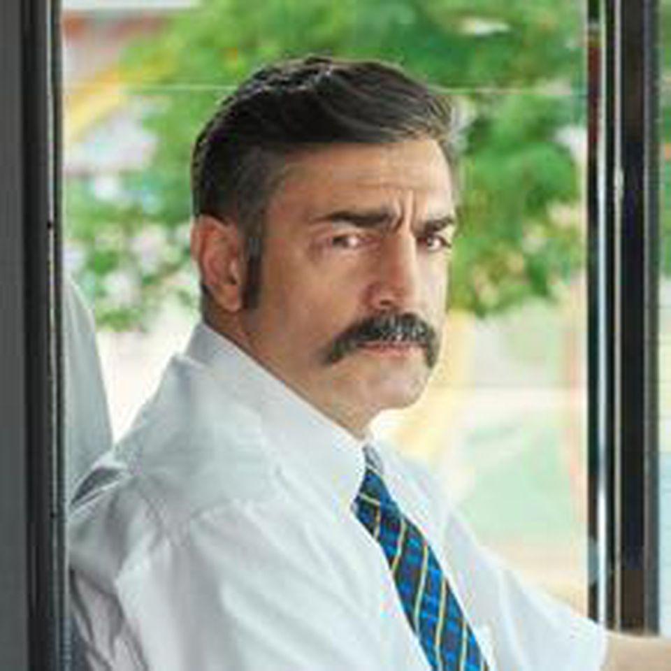 Neil Malik Abdullah in seiner Rolle als Nadir.