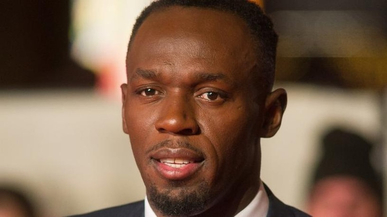 Usain Bolt verrät den Namen seiner Zwillinge und zeigt sie erstmals auf einem Familienfoto.