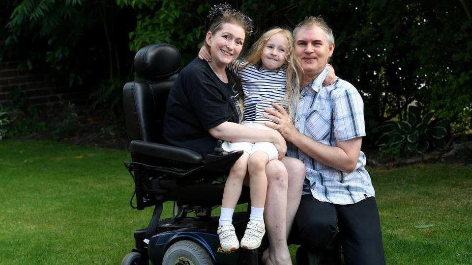 Lucinda Allen und ihre Familie.