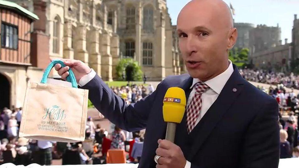"""RTL-Royale-Experte Michael Begasse hat bei der Hochzeit von Meghan & Harry ein begehrtes """"Giftbag"""" ergattert."""