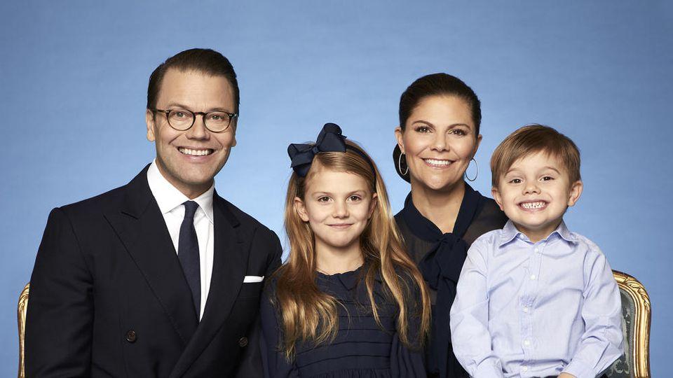 Daniel von Schweden, Prinzessin Estelle, Kronprinzessin Victoria und Prinz Oscar (v.l.n.r.)
