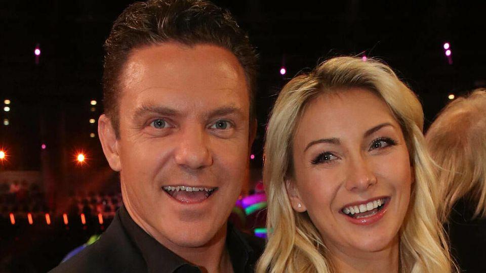 Anna-Carina Woitschack und Stefan Mross haben vor TV-Publikum geheiratet