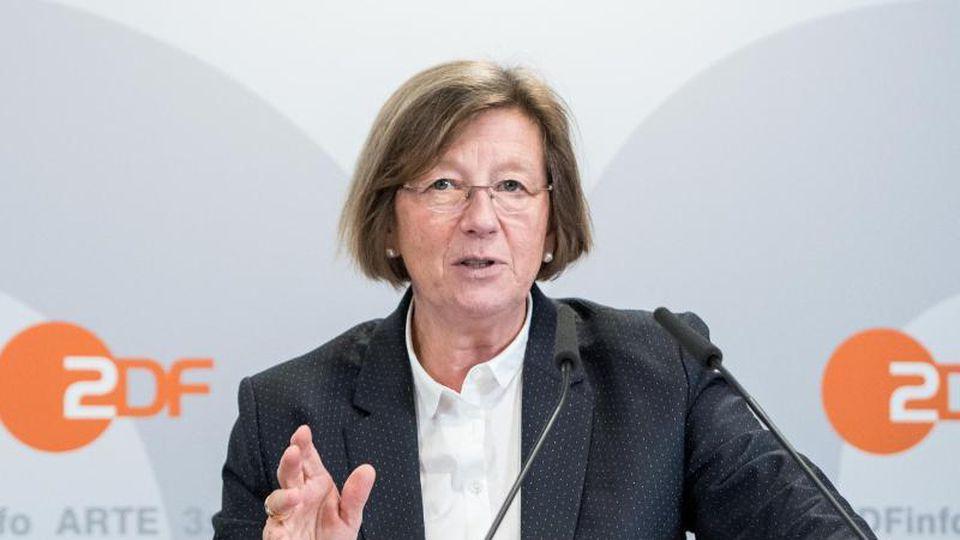Marlehn Thiemeüber das TV-Programm in der Corona-Krise. Foto: Daniel Bockwoldt/dpa