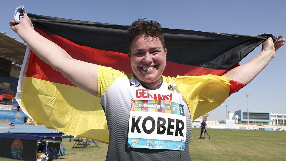 Dubai 2019 World Para Athletics Championships; United Arab Emirates, 12.11.2019 Weltmeisterin im Kugelstossen: Birgit Ko