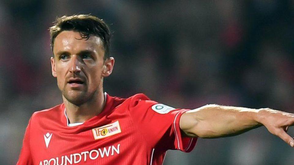 Christian Gentner von Union Berlin reagiert im Spiel. Foto: Tom Weller/dpa/Archivbild