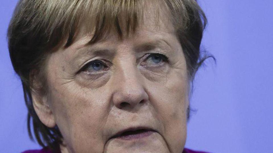Kanzlerin Angela Merkel hofft darauf, dass Impfungen und Tests einen Anstieg der Neuinfektionen verhindert. Foto: Markus Schreiber/AP POOL/dpa