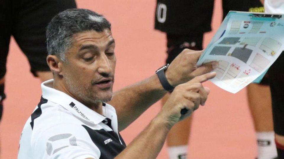 Will mit den deutschen Volleyballern den nächsten Sieg bei der EM holen: Trainer Andrea Giani. Foto: Vdb / Bart Vandenbroucke/CEV