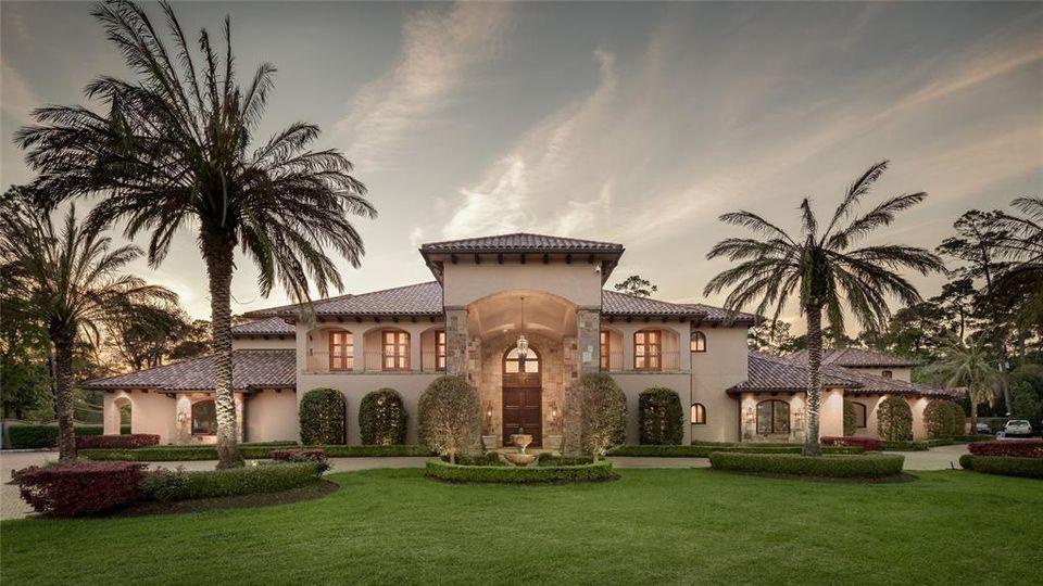 Diese Villa des ehemaligen NFL-Stars Mario Williams steht zum Verkauf.