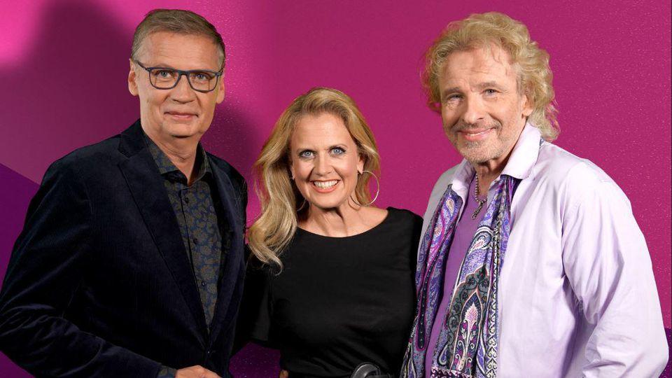"""Ohne Günther Jauch zum dritten Mal in Folge: Barbara Schöneberger und Thomas Gottschalk sind wieder alleine bei """"Denn sie wissen nicht, was passiert""""."""