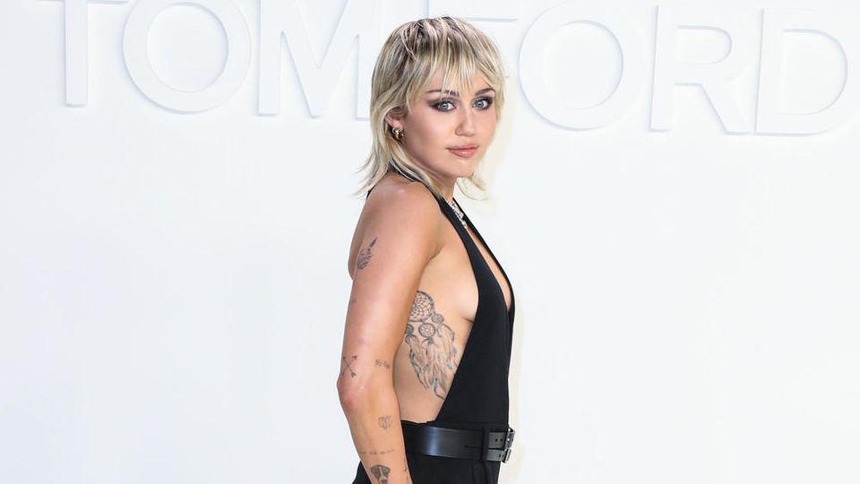 Miley Cyrus im Februar bei einer Modenschau von Designer Tom Ford in Los Angeles