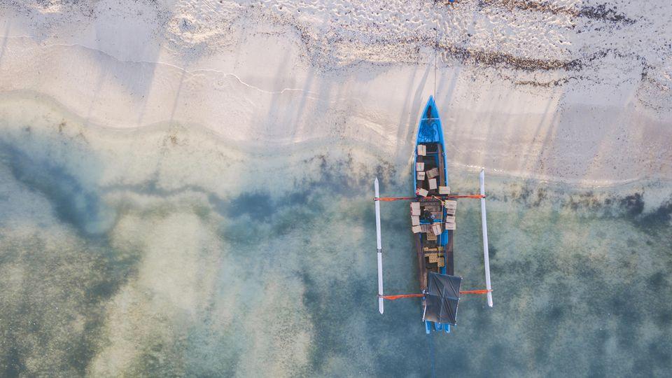 Bei einem Bootsunglück auf der indonesischen Insel Java sind sieben Menschen ums Leben gekommen, weil sie ein Selfie machen wollten. (Symbolbild).