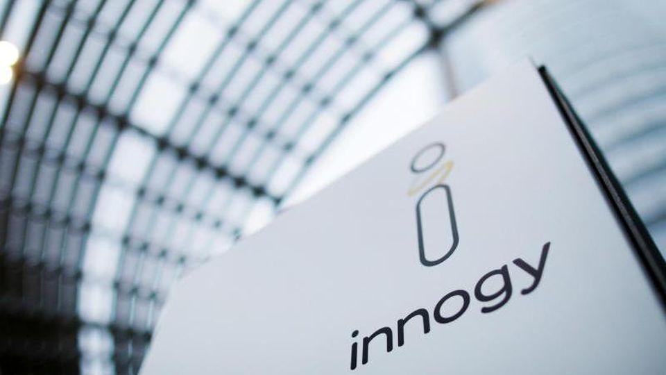 Eon und RWE haben die RWE-Tochter Innogy unter sich aufgeteilt. Mehrere Versorger wollen den Deal vor Gericht noch zu Fall bringen. Foto: Rolf Vennenbernd/dpa