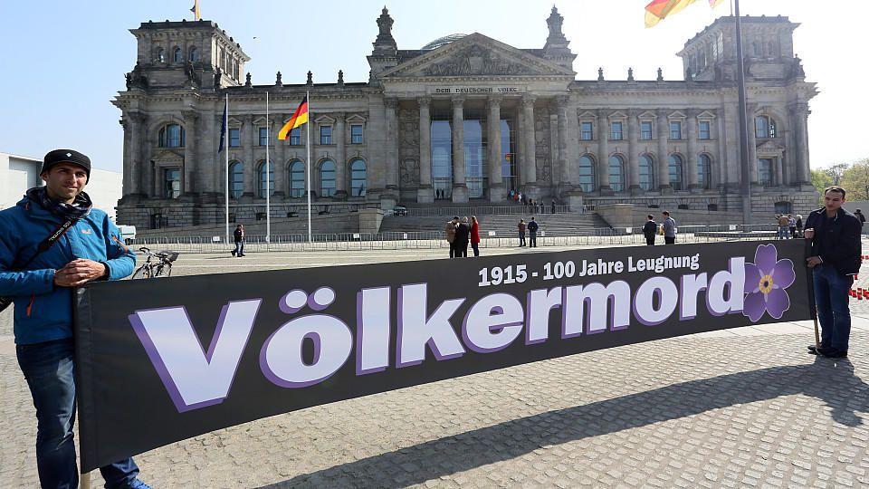 Bundestag erkennt den Völkermord des Osmanischen Reiches an Armeniern an