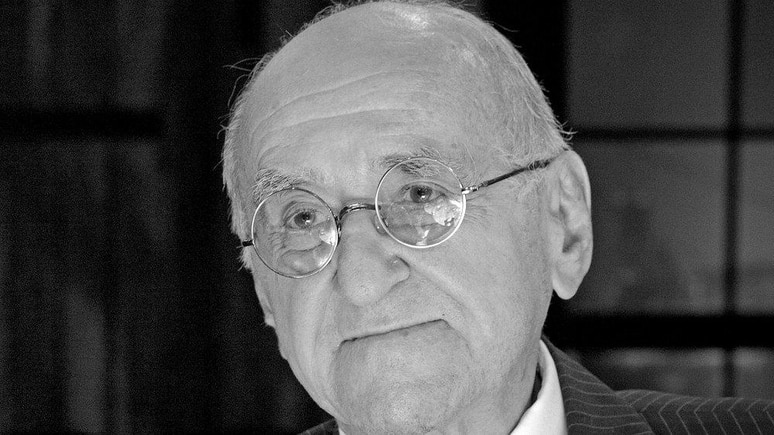 """Alfred Biolek wurde unter anderem mit """"alfredissimo!"""" TV-Zuschauern bekannt."""