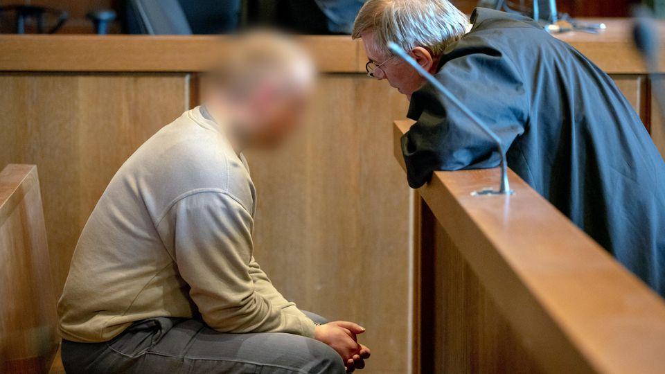 Prozess um Messerstiche gegen drei Frauen: Der Angeklagte Daniel G.  steht nun vor Gericht.