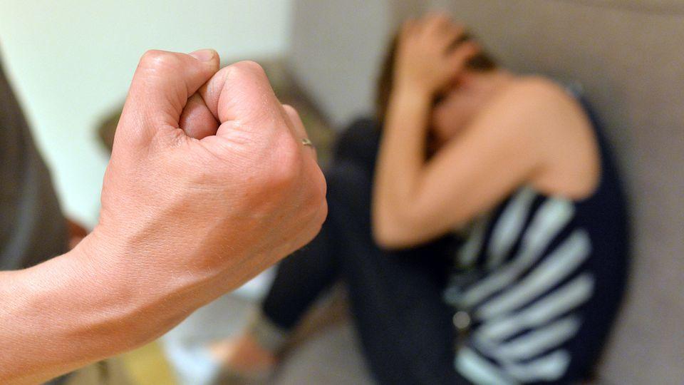 Häusliche Gewalt kommt öfter vor, als man vielleicht denkt.