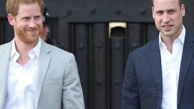 Prinz Harry (li.) und Prinz William wurden bei der Hochzeit von Kitty Spencer nicht gesichtet.