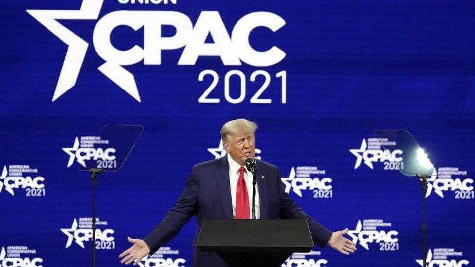 Donald Trump spricht auf der Konferenz CPAC, einer Veranstaltung konservativer Aktivisten. Foto: John Raoux/AP/dpa