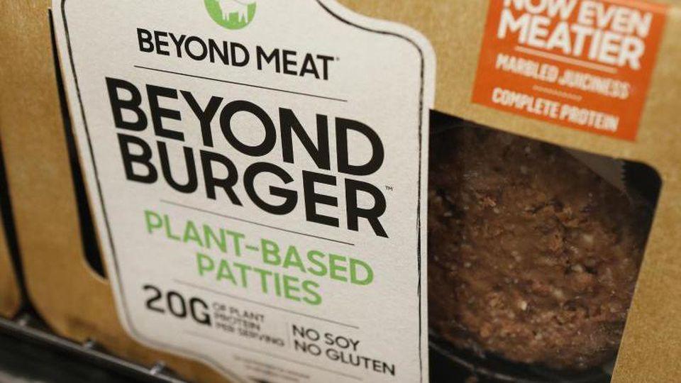 """Während Fleisch in den USA wegen der Corona-Pandemie knapp wird, freut sich der Hersteller des veganen """"Beyond Meat"""""""