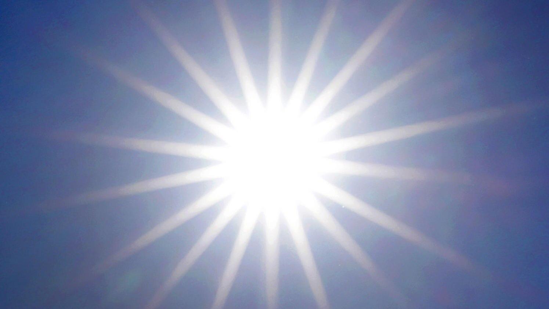 Vorsicht: Zu viel Sonnenschein kann der Haut schaden.