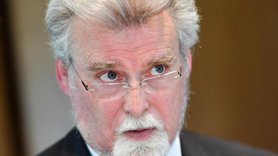 Der rheinland-pfälzische Justizminister Herbert Mertin. Foto: Uwe Anspach/Archivbild
