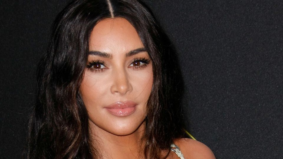 Reality-TV-Star Kim Kardashian zeigt sich sexy auf Instagram.
