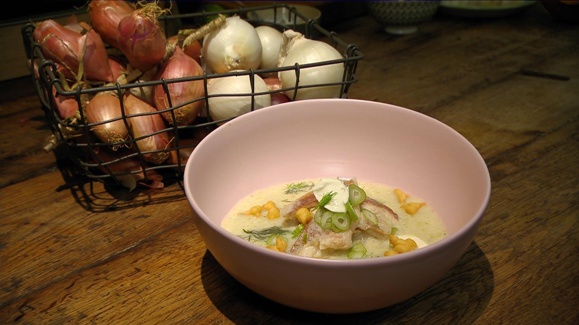 Crème de la Crème – Zarter Gaumenschmaus: Kartoffel-Fenchel-Cremesuppe mit Forelle