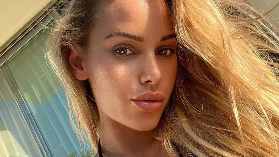 Fitness-Model Vanessa Mariposa schockte Fans mit Krankenhaus-News.