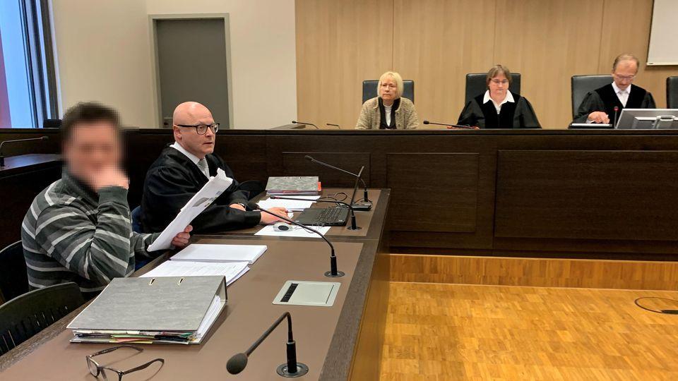 Der Angeklagte Enrico R. soll versucht haben, seinen verheirateten Schwarm mit Nudelsuppe zu vergiften.