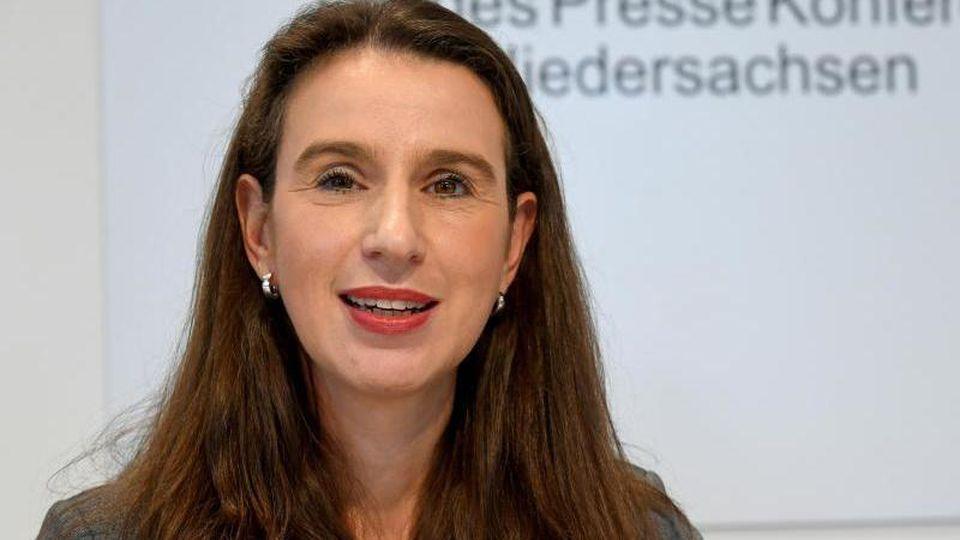 Sandra von Klaeden, Präsidentin des Niedersächsischen Landesrechnungshofes. Foto: Holger Hollemann/dpa/Archivbild