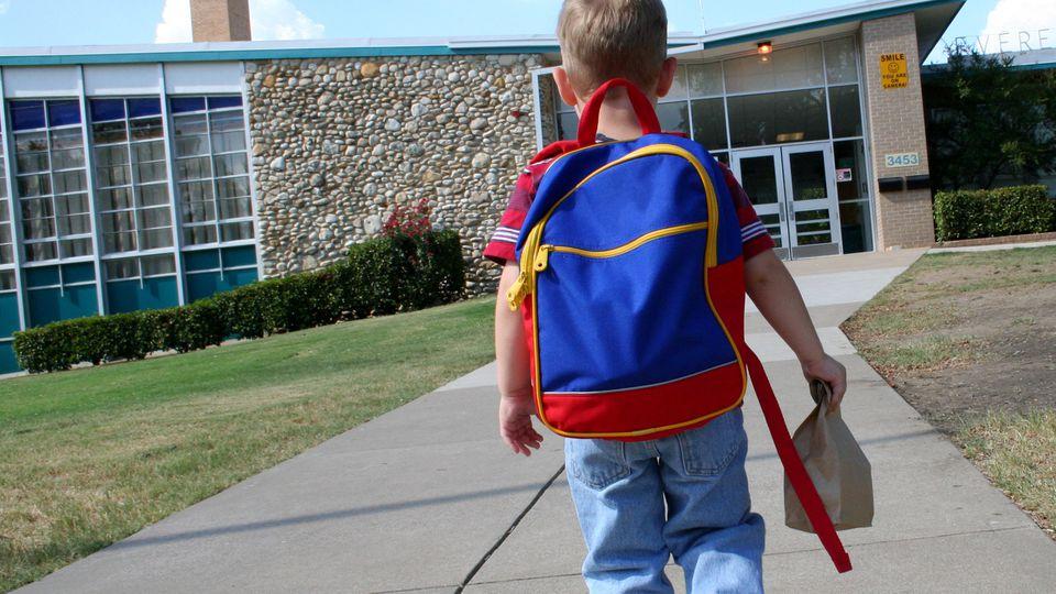 Ein 5-Jähriger ist mit einem Tütchen Kokain in den Kindergarten gekommen (Symbolbild).