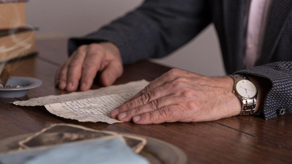 Ein 93-jähriger Brite bekam in Zeiten der Corona-Isolation rührende Post von seiner fünfjährigen Nachbarin. (Symbolbild)