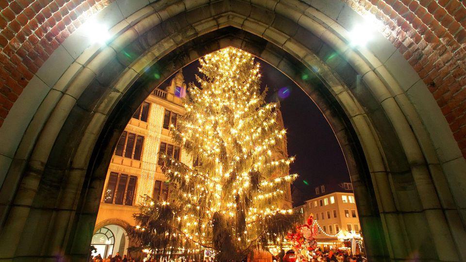 Händler sparen bei Adventsbeleuchtung