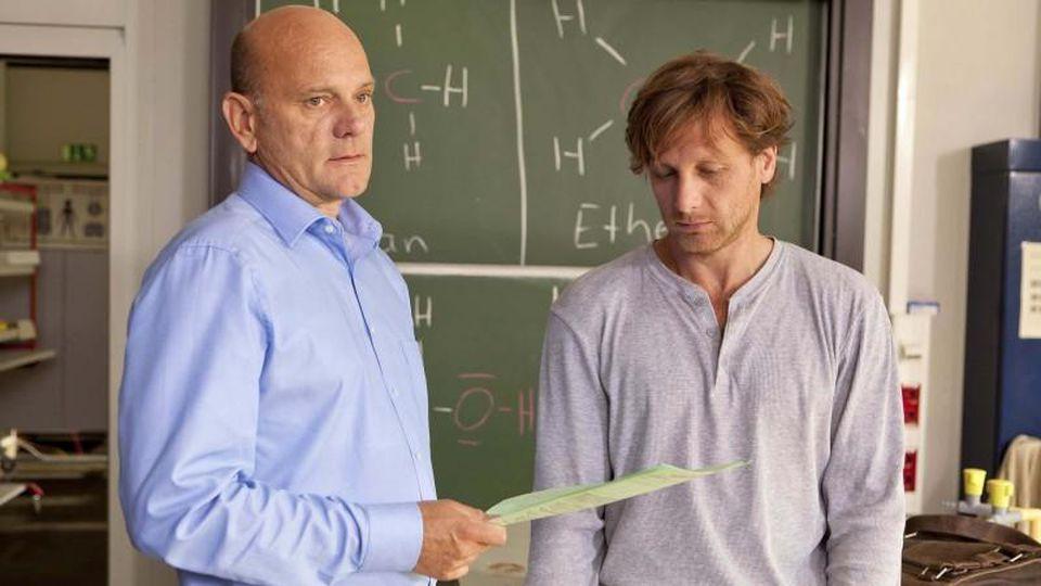 """Ulrich Gebauer spielt in """"Der Lehrer"""" den Direktor Günther Rose"""