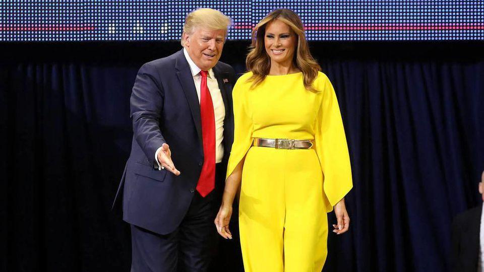 Donald und Melania Trump beim Wahlkampfauftakt in Florida