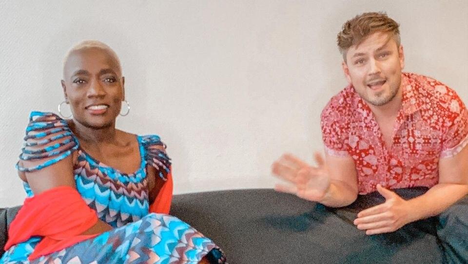 """Auma Obama und Martin Tietjen sprechen in der dritten Folge des """"Let's Dance""""-Podcasts miteinander."""