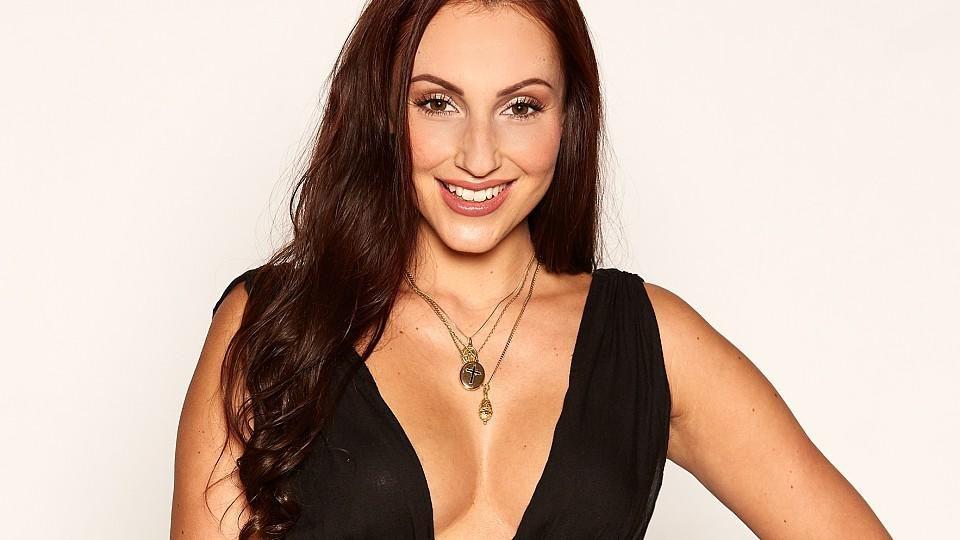 Isabell Bernsee war schon mal im Playboy und will jetzt den Bachelor erobern.