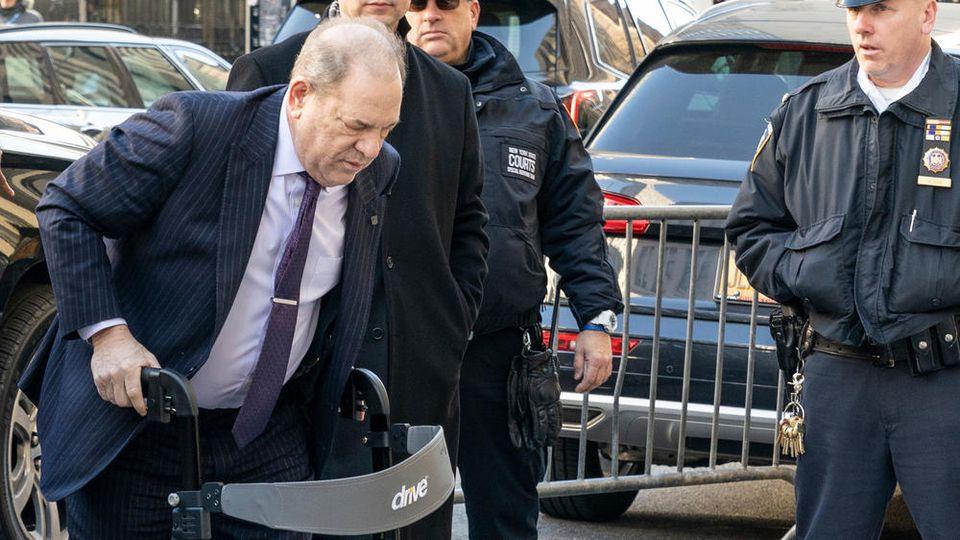Harvey Weinstein wurde am Montag in New York schuldig gesprochen