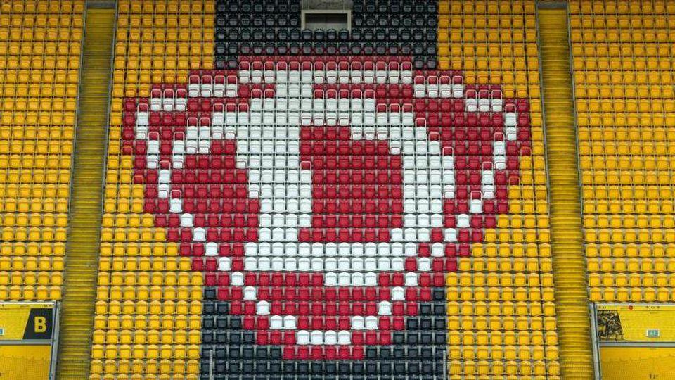 Logo DynamoDresden. Foto: Robert Michael/dpa-Zentralbild/dpa/Archivbild
